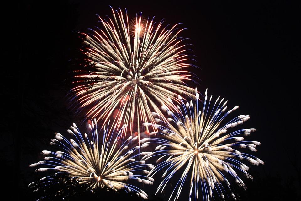 fireworks-459174_960_720
